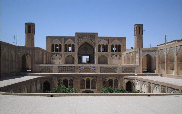 Архитектурният гений на древните перси