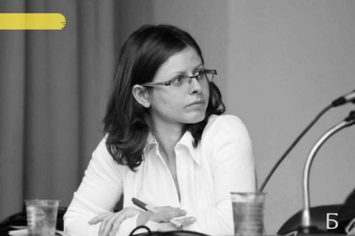 """Интервю с Ивелина Добрева: """"Когато има силата да следва мечтите си, човек може да бъде успешен навсякъде!"""""""