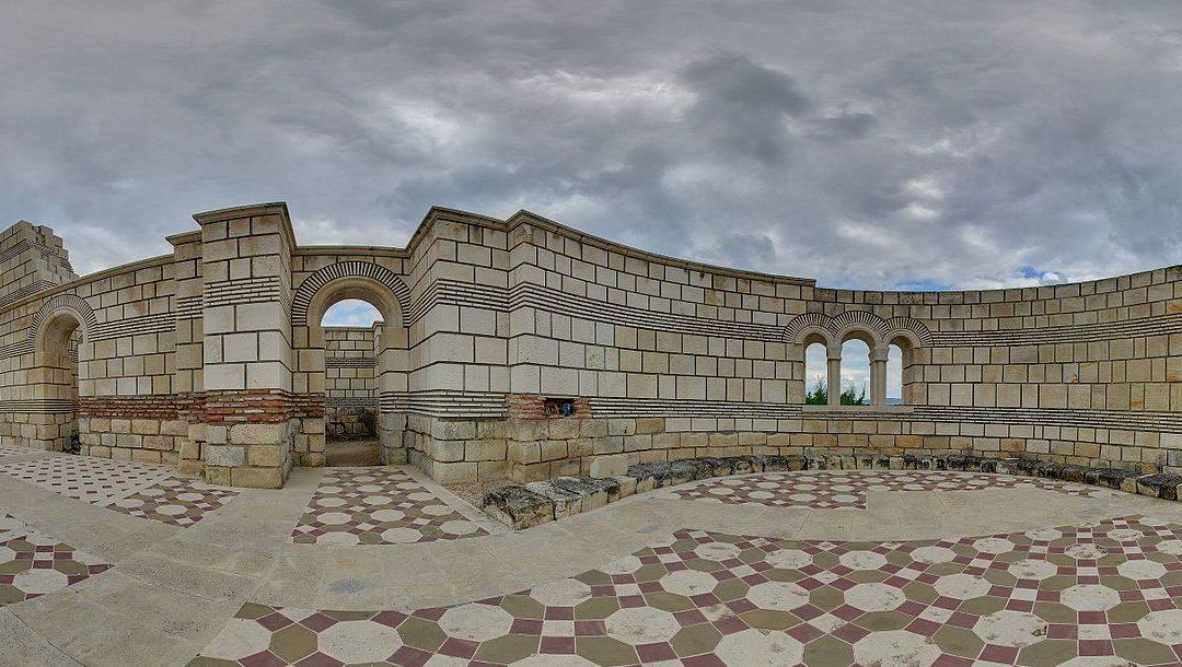България между Изтока и Запада – създаване на самостоятелна българска църква