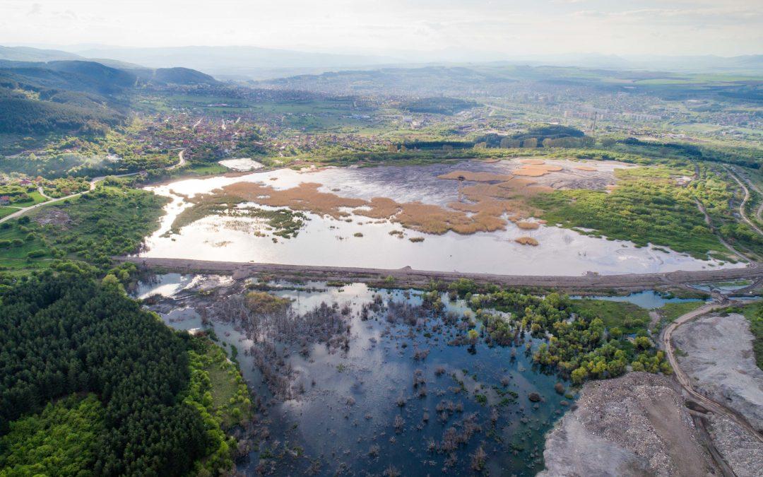 Разливът от депо за отпадъци в Перник е предизвестена криза